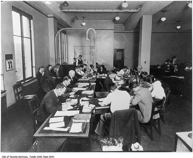 Toronto Star newsroom, 1930
